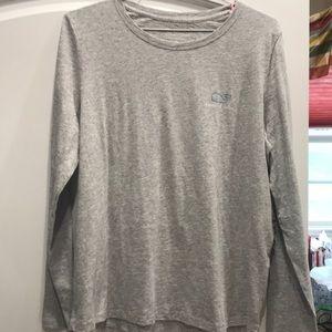 Vineyard Vine long sleeve gray shirt XL